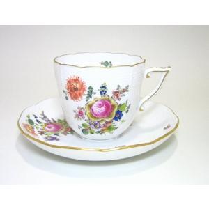 数あるブーケの中の ヘレンド代表作 写実的 豊かなブーケは 百花繚乱   オジア・シェープ ヘレンド...