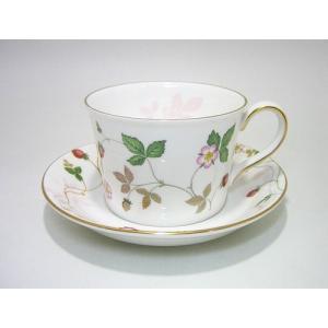 ウェッジウッド・ワイルドストロベリー/パステル ティーカップ&ソーサー ピンク eins