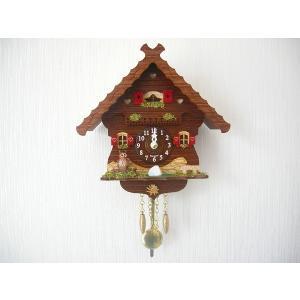 ドイツの時計工房トレンクル・ウーレン手作りの小さな鳩時計です。  ウッディーな家にふくろうが一匹、小...