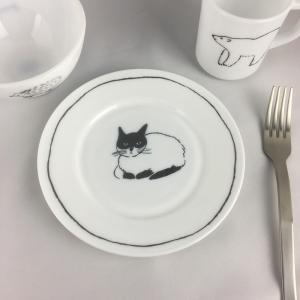 松尾ミユキ ミルクガラスプレート(ねこ/しろくま/ハリネズミ)17.5cm【お皿 ケーキ皿 取皿 小皿 食器 ミルクグラス 耐熱ガラス 猫】|el-market
