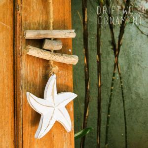 「海を感じる」インテリアにマストなヒトデなどのモチーフが、流木やホワイトストーンと一緒に繋げてナチュ...