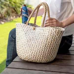 バスケット トートバッグ [ホワイト] シーグラス製 シェブロン柄 大容量 持ち手つき かご 収納 アジア雑貨|elements
