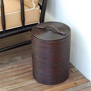 蓋つきでゴミが見えないのでお洒落♪ アジアン雑貨 ごみ箱  手びねりで陶器を作るようにラタンをコイル...