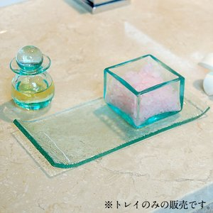 ■サイズ(cm):  W18 × D 18 × H 1 ※多少サイズは前後します ■素材: ガラス ...