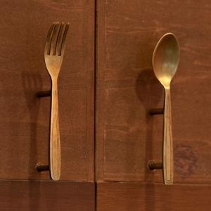 ■サイズ(cm):約 W 2.5 × D 2.5 × H 12.5 ※真鍮のみのサイズ(ネジ含まず)...