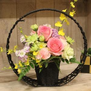 和風アレンジメント 桃月(とうげつ) お花の延命剤付 卒寿 白寿 祝い 誕生日 プレゼント 生花 アレンジフラワー 敬老の日 ギフト 花|elfleur