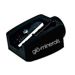 リップクレヨン専用のシャープナ―。 柔らかいペンシルを使いやすい適度な角度に削りあげます。