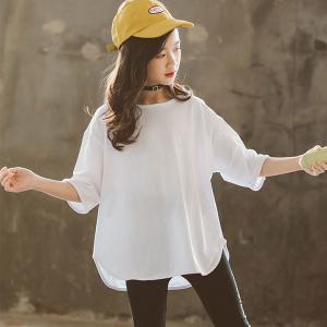 原産国:中国 素  材:綿100% 色:ホワイト  サイズ: 【110】着丈/50cm バスト/44...