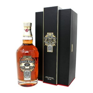 送料無料 シーバスリーガル 25年 700ml ブレンディッド スコッチ ウイスキー 洋酒 40度 並行輸入品 enokishouten