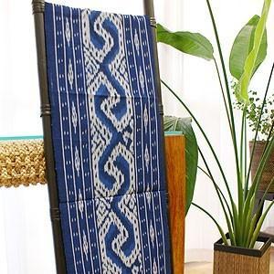 イカット 07 アジアン 布 壁掛け マルチカバー テーブルランナー タペストリー 手織り 生地 バリ アンティーク おしゃれ 和風|es-style