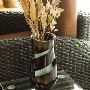 チーク スパイラルカット フラワーベース ガラス 花瓶 おしゃれ 大きい 北欧 木製 高級感 天然木 大型 モダン アジアン 雑貨 バリ 造花 和室|es-style