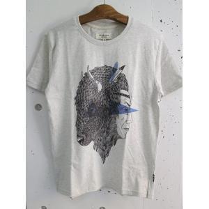 SYNDICATE (シンジケート)  ウクライナブランド メンズプリントTシャツ - INDI  (BISON)- グレーボディ|escargot-circus