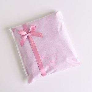 不織布にピンクのリボンラッピング|eses