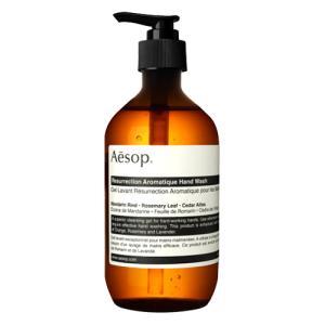 肌を乾燥させずに高い洗浄効果を発揮します。乾燥しがちで、頻繁な手洗いが必要な手に適したハンドウォッシ...