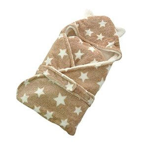 かわいい耳付きデザインと星柄が おしゃれなベビーおくるみです。 ふわふわで柔らかいフリース素材で 冬...