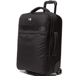 機内持ち込み可能サイズのWheel Bag。大きめのメインコンパートメントで、内部にはノートPCの収...