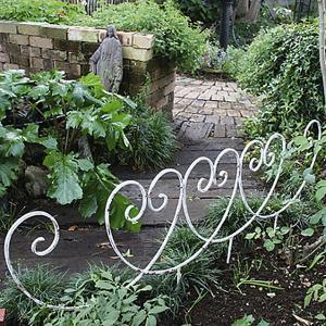 花壇 フェンス ガーデニング ミニフェンス 高級アイアンフェンス Y型 アンティークホワイト 4枚組 150×57.5cm|estoah