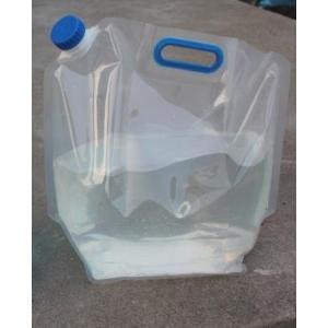 ポリタンク水ポータブル給水タンク折り畳み式キャンプ災害対策に5リットル