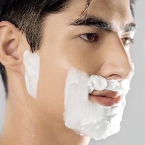 ブラウン メンズ電気シェーバー シリーズ3 3080s-S 3枚刃 水洗い/お風呂剃り可 シルバー