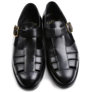 英国陸軍と編成を組むグルカ兵に支給された靴が起源のグルカサンダルが 2018モデル「ペンザンスII」...