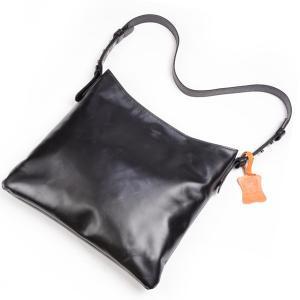タスティング メンズ&レデース「ブライトン」ショルダーバッグ イタリアンカーフスキン シューレザ ナチュラルワックス仕上 ブラック|eton