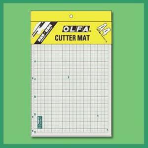 OLFA オルファA4サイズ カッターマット{OL-134B}