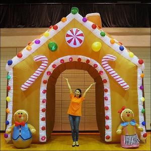 クリスマスエアブロー装飾 アーチ ジンジャーハウス W430cm H450cm/動画有|event-ya