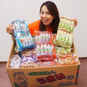 人気駄菓子うまい棒300本お買得セット【軽減税率対象商品】|event-ya
