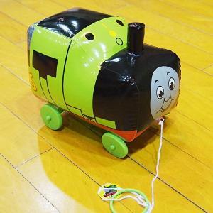 楽しいお散歩パーシー ビニール車付きおもちゃ 約30cm/動画有|event-ya