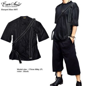 Tシャツ 五分袖 メンズ 5分袖 モード系 パンク ブラック 黒 ベルト カットソー ユル系 ルーズシルエット 原宿系 サロン系 バンド 衣装|eversoul
