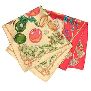 【SALE 30】manipuri マニプリ scarf シルクスカーフ 65×65 レディース 0111330010 FRUIT BASKET BEIGE RED exclusive