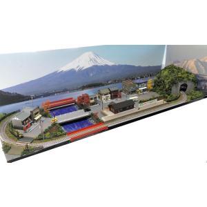 鉄道模型ジオラマレイアウト Nゲージ用 単線[90cm×30cm]駅前の街並みと川