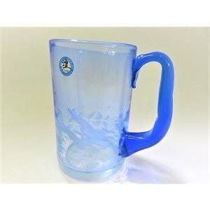 透き通る青が美しい、大きめの取っ手が手に取りやすくとても使いやすい形状のグラスです。 人気の取っ手付...