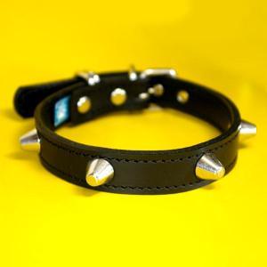 首輪 中型犬用 スタッズ 革 2cm幅:2cm Type 002(14mm鋲) Light 【色は5色から、サイズは1cm単位でオーダー】|extraheavyy