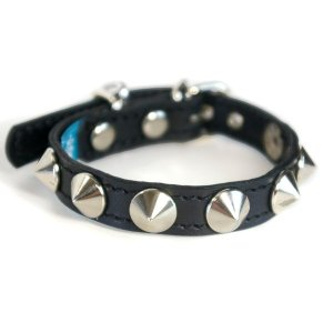 首輪 小型犬用 スタッズ 革 1.5cm幅:Small Type X1(13mm平尖鋲) *色は十色以上から、サイズは1cm単位でオーダー|extraheavyy
