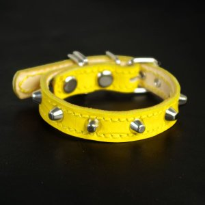 小型犬用スタッズ革首輪:Small Type 001 型押しクロコ(レモンイエロー) extraheavyy