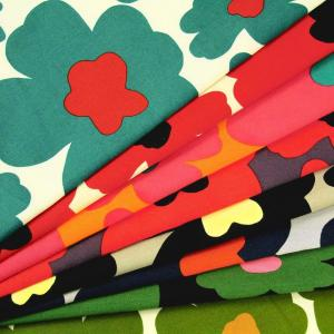 生地 50cm単位 ツイル 北欧風フラワー [在庫共有品] KTS-3676 布 コットンこばやし 花柄 マリメッコ風 O-XZT|fabrichouseiseki