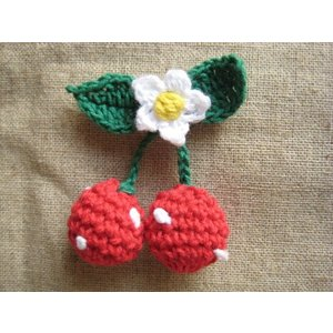 ますます可愛くリフレッシュ!手編みのお花とさくらんぼのモチーフ