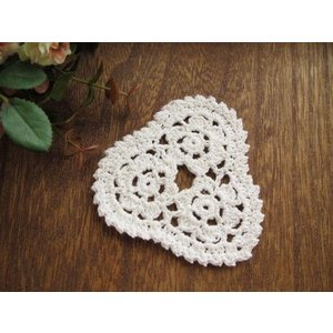 手編みのモチーフ(トライアングル) fairy-lace
