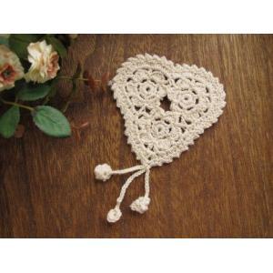 手編みのモチーフ(ハートボンボン付き) fairy-lace