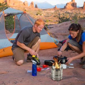 IREGRO ウッドストーブ 二次燃焼 燃料不要 五徳コンロ 焚火台 薪 コンパクト 携帯用小型 アウトドア キャンプ ウッドバーニングスト