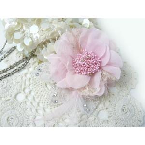 コサージュ&ヘアクリップ2WAY ラインストーンが決め手やわらかシフォンのピンク 造花 フォーマル familiamia