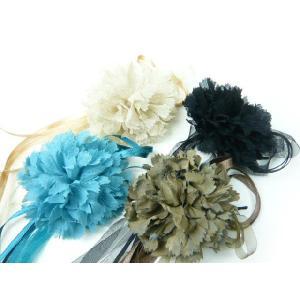 コサージュ 長いリボンを自由に使ったふんわりカーネーション  髪飾り ヘアーアクセサリ-|familiamia