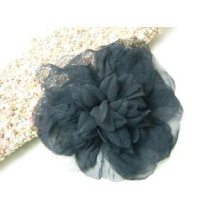 コサージュ 大き目ふわふわ すけすけの黒 造花 フォーマル|familiamia