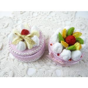ちりめん細工 可愛いピンクのフルーツ&ホイップボックス 小物入れ デコスイーツ アクセサリーや小物をいれる|familiamia
