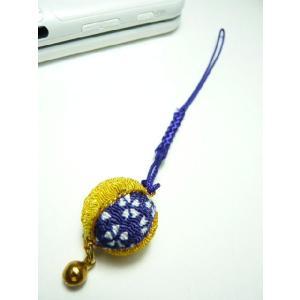 携帯ストラップ ちりめん細工 丸玉大 紫 和のお土産に 根付の伝統を見直す|familiamia