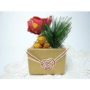 お正月飾り ちりめん細工 祝います(枡)飾り 俵と松と祝い鯛 日本の心を伝える大切な伝統行事 初春を祝う|familiamia