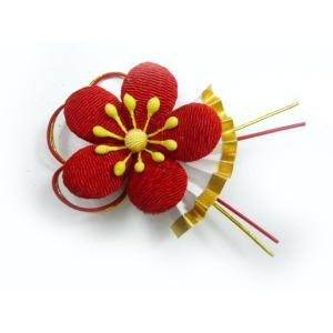 お正月飾り ひな祭り ちりめん細工 桃と水引(扇付き) familiamia