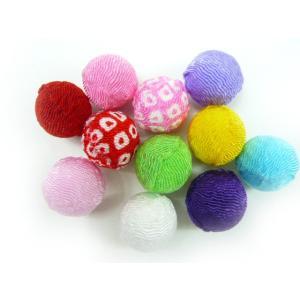 お正月飾り ちりめん細工 丸玉(花餅)15mm球(1個)|familiamia