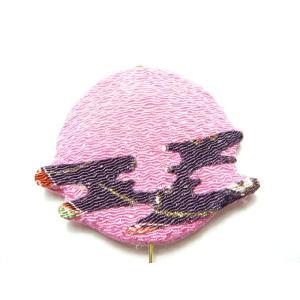 ちりめん細工 お月見ピンク 暖かな雰囲気の伝統細工のインテリアピックはこのままアレンジにさします|familiamia